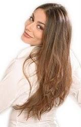 Botox pro vlasy opraví dlouhodobě odbarvované, foukané, narovnávané nebo kartáčované vlasy