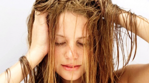 Péče o suché vlasy