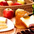 Jablková povidla pečená vtroubě